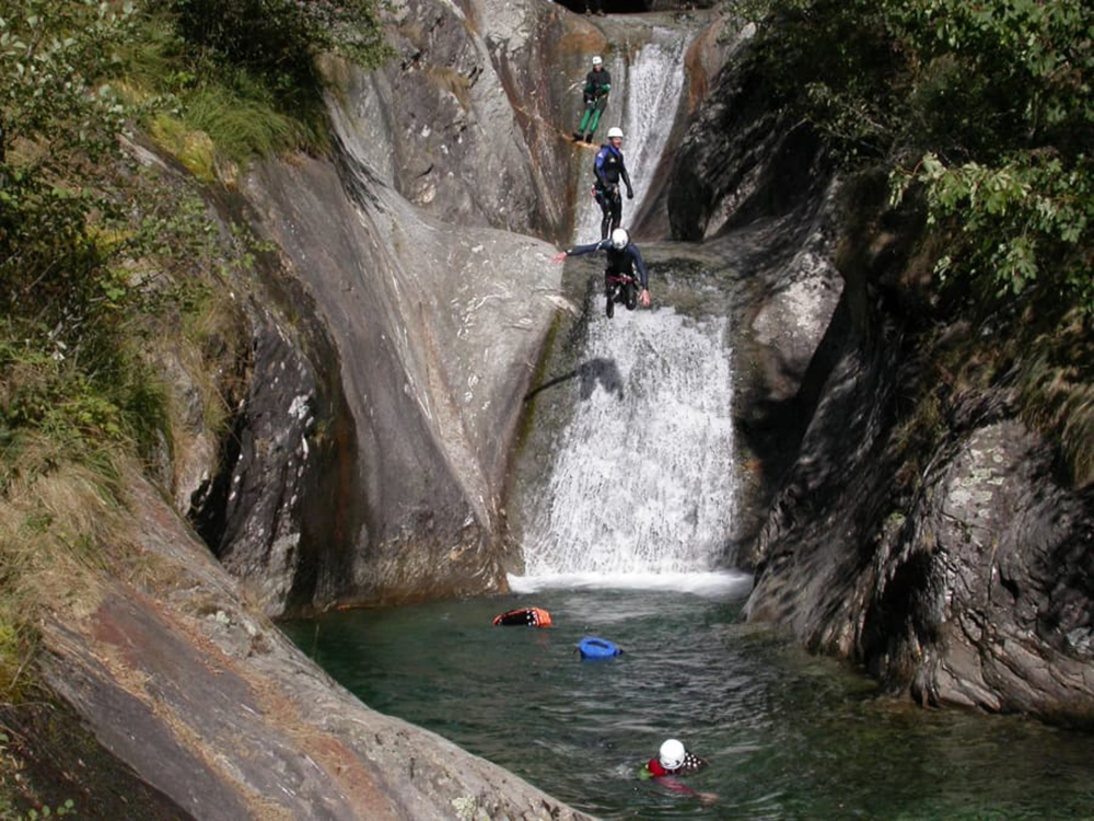 Funbooker canyoning