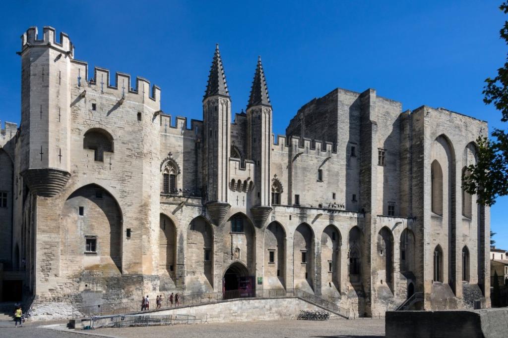 parking gare Avignon